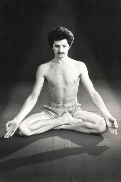 Master of yoga and traditional health systems Andrey Lobanov